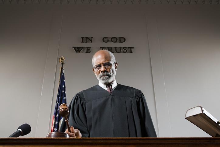 judge-litigation-graphics-bench-trial.jpg